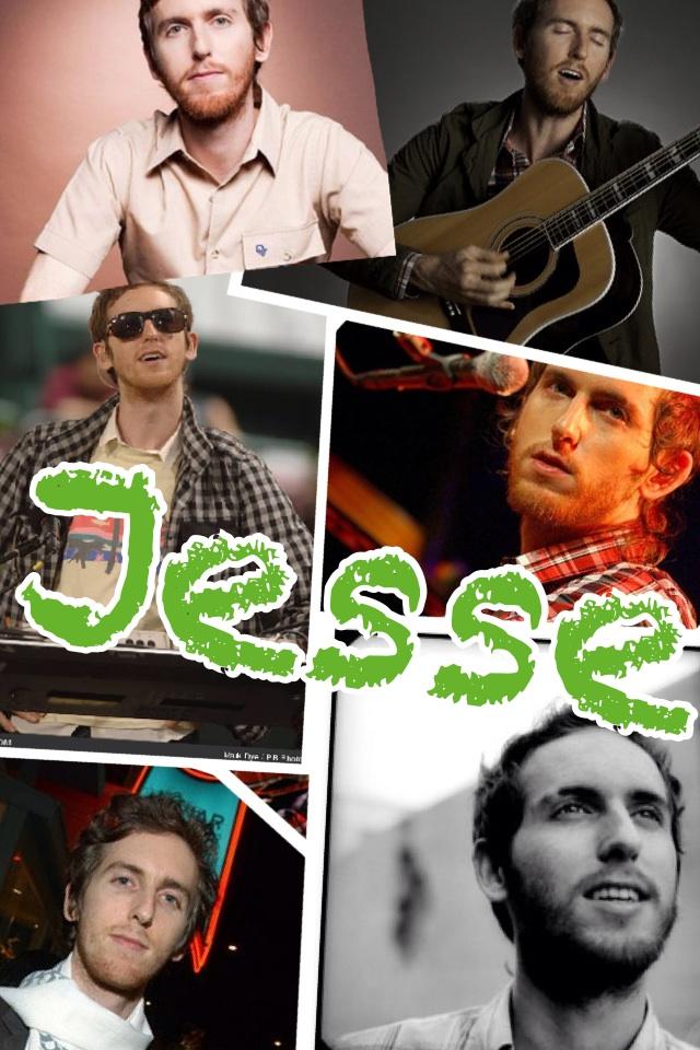 Jesse Carmichael!!😘😜